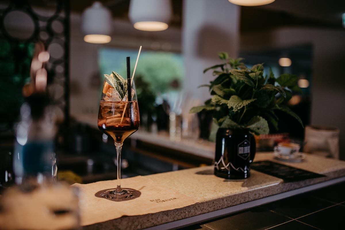 Cocktail Bar Mari Pop