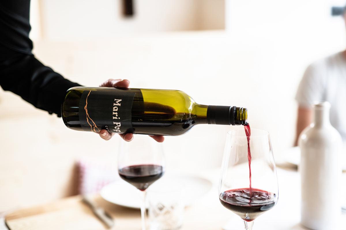 Mari Pop Wein